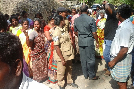 Protesters in Semmankuppam village