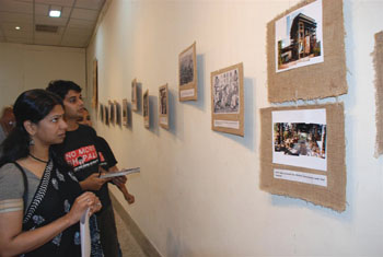 1000 Bhopals photo exhibit