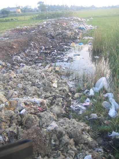 industry waste near Karikadu
